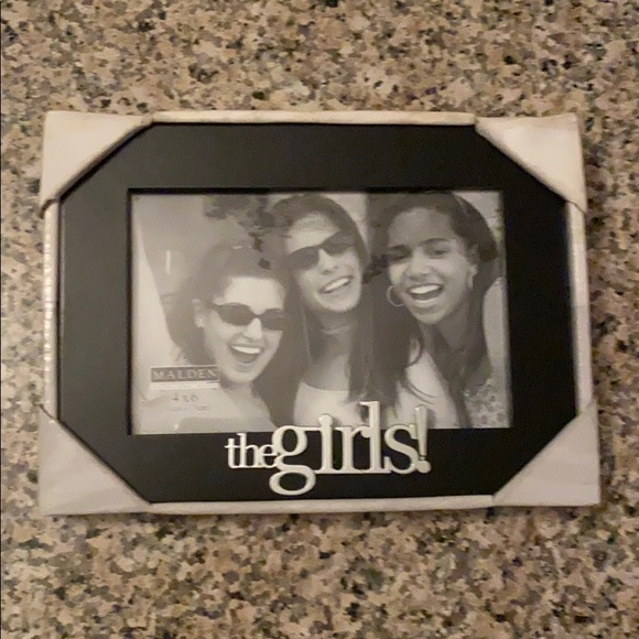 Malden Other - NEW Malden picture frame- the girls!
